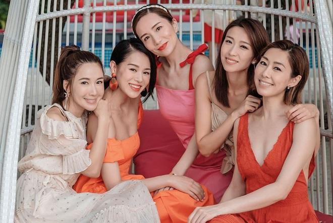 Hội bạn thân quyền lực nhất Hong Kong: Toàn mỹ nhân xinh đẹp, nóng bỏng và giàu có - Ảnh 6.