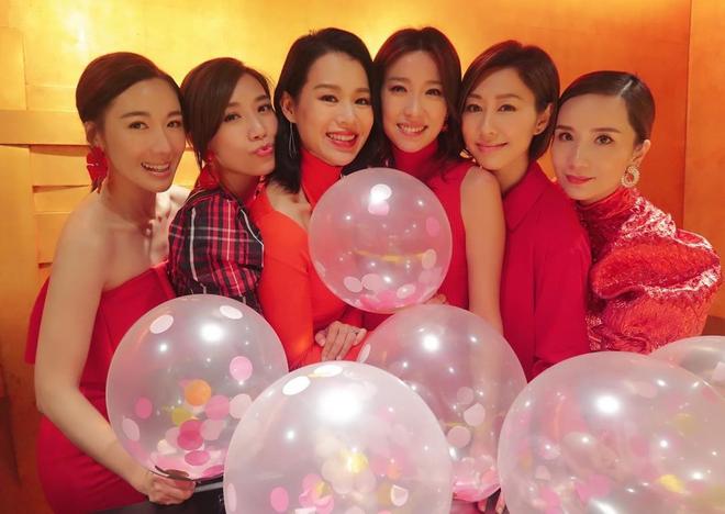 Hội bạn thân quyền lực nhất Hong Kong: Toàn mỹ nhân xinh đẹp, nóng bỏng và giàu có - Ảnh 3.