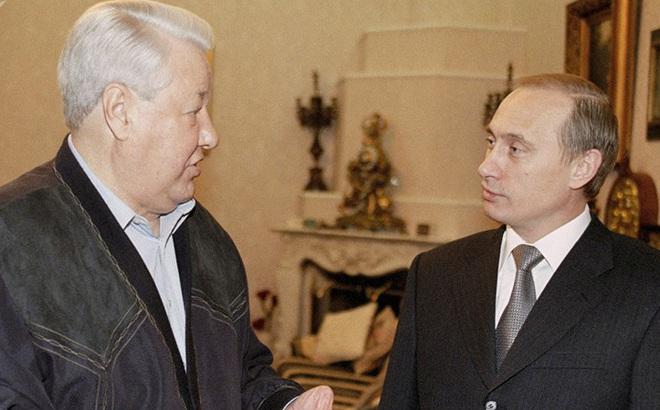 Boris Yeltsin đã đề nghị Putin điều gì khi từ chức năm 1999?