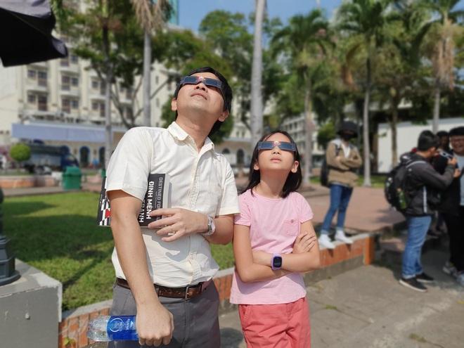 Xem nhật thực cuối cùng của thập kỷ ở Việt Nam trưa nay - Ảnh 2.