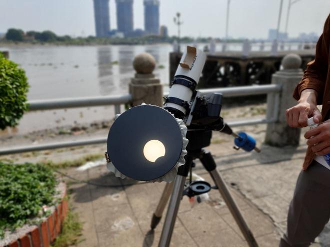 Xem nhật thực cuối cùng của thập kỷ ở Việt Nam trưa nay - Ảnh 5.