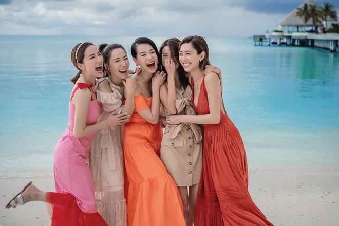 Hội bạn thân quyền lực nhất Hong Kong: Toàn mỹ nhân xinh đẹp, nóng bỏng và giàu có - Ảnh 8.