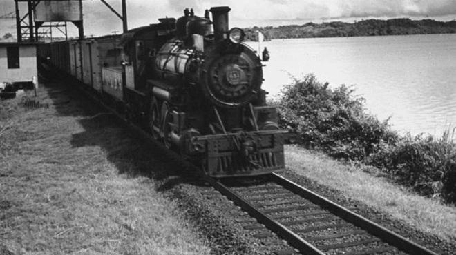 Xuyên qua 8 múi giờ, đây là tuyến đường sắt dài bậc nhất, hiểm trở nhất thế giới - ảnh 3