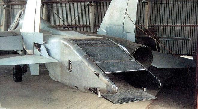Không phải Su-57, đây là máy bay thế hệ 5 đầu tiên của Nga: Số phận hẩm hiu vì khác người? - ảnh 5