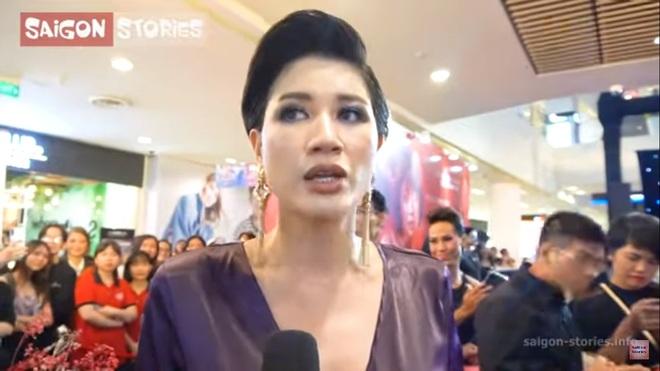 Trang Trần tiết lộ quen đồng tính nữ, hôn đến mềm môi và được nhiều nữ đại gia thích - Ảnh 1.