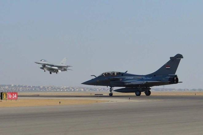 F-16, Rafale Ai Cập tham chiến, tình báo Pháp chỉ thị mục tiêu, Libya là nồi lẩu chiến tranh? - Ảnh 5.