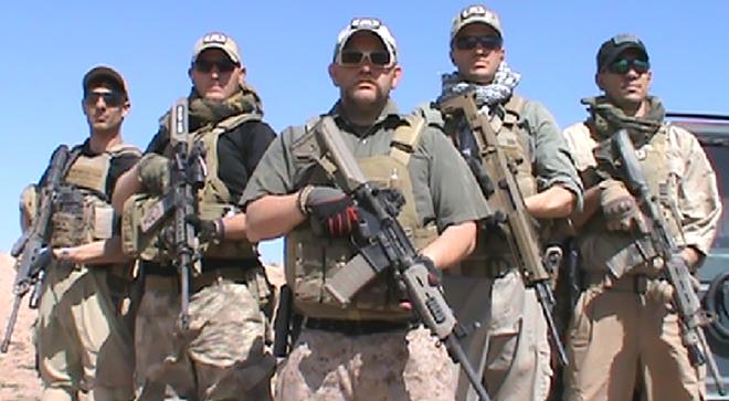 [ẢNH] Lính đánh thuê Mỹ chặn quân Nga: Làm sao để tránh xung đột trực tiếp? - Ảnh 2.