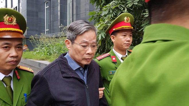 Tuyên án vụ MobiFone mua AVG: Ông Nguyễn Bắc Son bị tuyên án chung thân, Trương Minh Tuấn 14 năm tù - Ảnh 3.