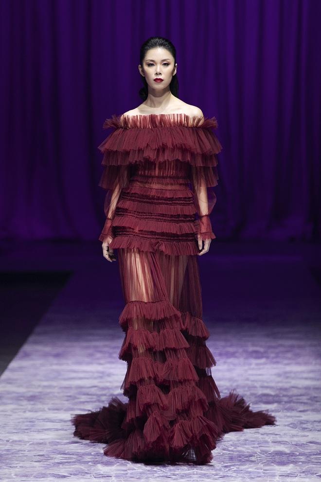 Hoa hậu Hoàn vũ Riyo Mori đến Việt Nam, làm vedette cho show diễn của Công Trí  - Ảnh 13.