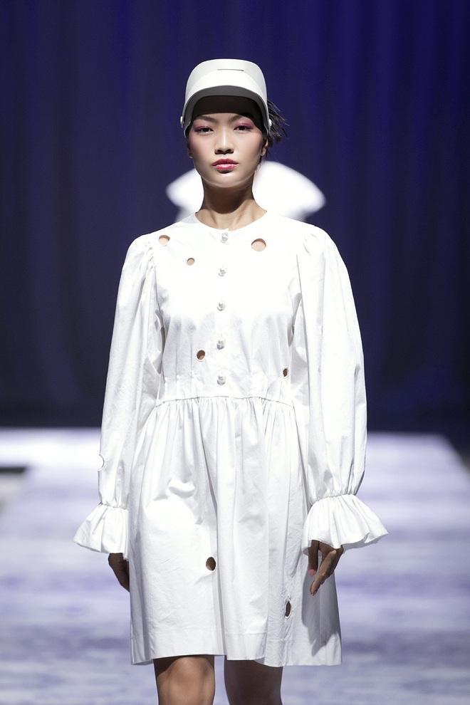 Hoa hậu Hoàn vũ Riyo Mori đến Việt Nam, làm vedette cho show diễn của Công Trí  - Ảnh 9.