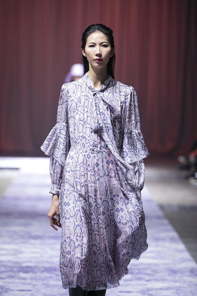 Hoa hậu Hoàn vũ Riyo Mori đến Việt Nam, làm vedette cho show diễn của Công Trí  - Ảnh 16.