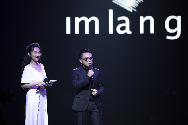 Hoa hậu Hoàn vũ Riyo Mori đến Việt Nam, làm vedette cho show diễn của Công Trí  - Ảnh 1.