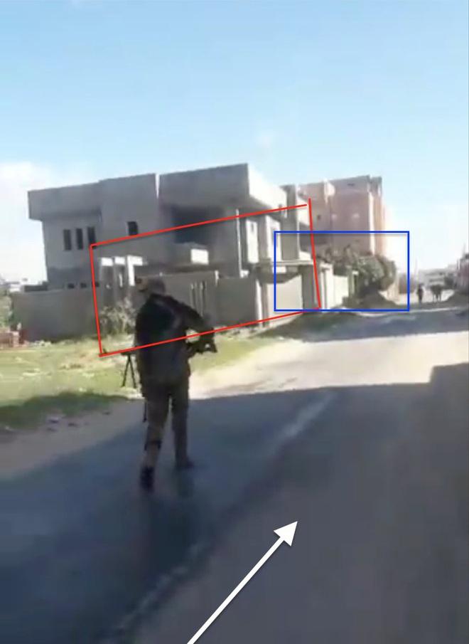 CẬP NHẬT: Căn cứ bị tập kích trong đêm, Pantsir-S1 của Syria bắn tới tấp - UAV phiến quân rơi lả tả - Ảnh 14.