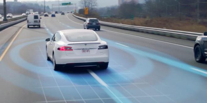 Hàng loạt video đáng sợ tố cáo người dùng xe điện Tesla thường xuyên ngủ gật sau vô lăng - Ảnh 3.