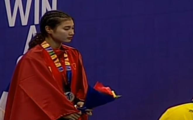 Trọng tài SEA Games tính điểm nhập nhằng, VĐV Việt Nam khóc nức nở vì mất huy chương vàng