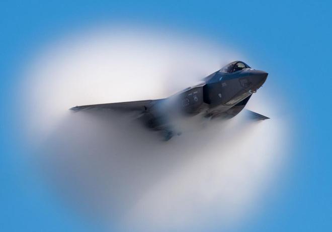 S-400 đấu F-35: Mỹ lo ngại lộ điểm yếu vũ khí hay lo Nga chiếm vị thế độc tôn? - Ảnh 3.