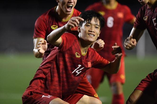 Các cầu thủ U22 Việt Nam dùng điện thoại gì tại SEA Games 30? - Ảnh 1.
