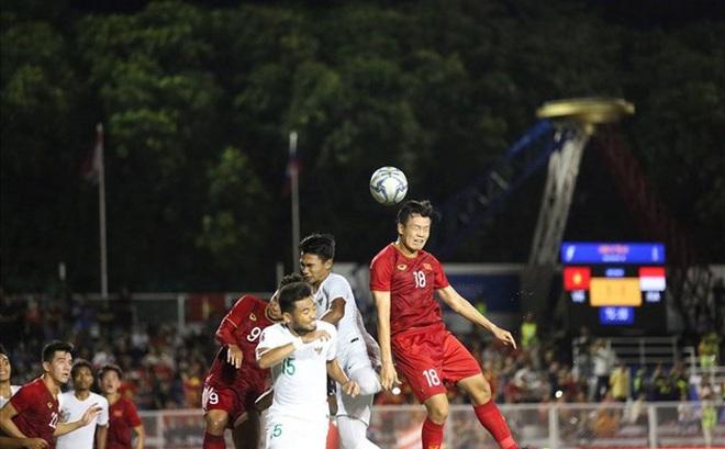 Đội tuyển U22 Việt Nam vẫn thi đấu với Singapore dù siêu bão Kammuri đổ bộ