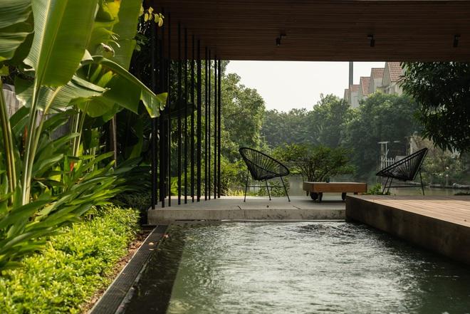 Độc đáo ngôi nhà ở Hà Nội nắng chiếu mọi nơi, trong nhà mà không khác gì ngoài trời - Ảnh 15.