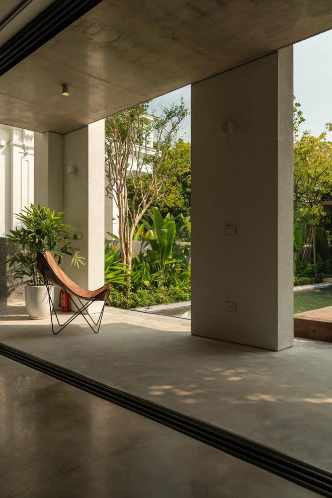 Độc đáo ngôi nhà ở Hà Nội nắng chiếu mọi nơi, trong nhà mà không khác gì ngoài trời - Ảnh 7.