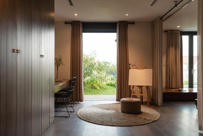 Độc đáo ngôi nhà ở Hà Nội nắng chiếu mọi nơi, trong nhà mà không khác gì ngoài trời - Ảnh 14.