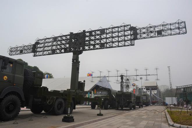 """Cận cảnh khắc tinh máy bay chiến đấu tàng hình """"Made in Việt Nam"""": Hiện đại bậc nhất TG - Ảnh 10."""
