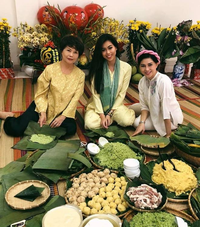 Gần 50 tuổi, mẹ chồng quyền lực của Hà Tăng vẫn tươi trẻ và sành điệu - Ảnh 10.