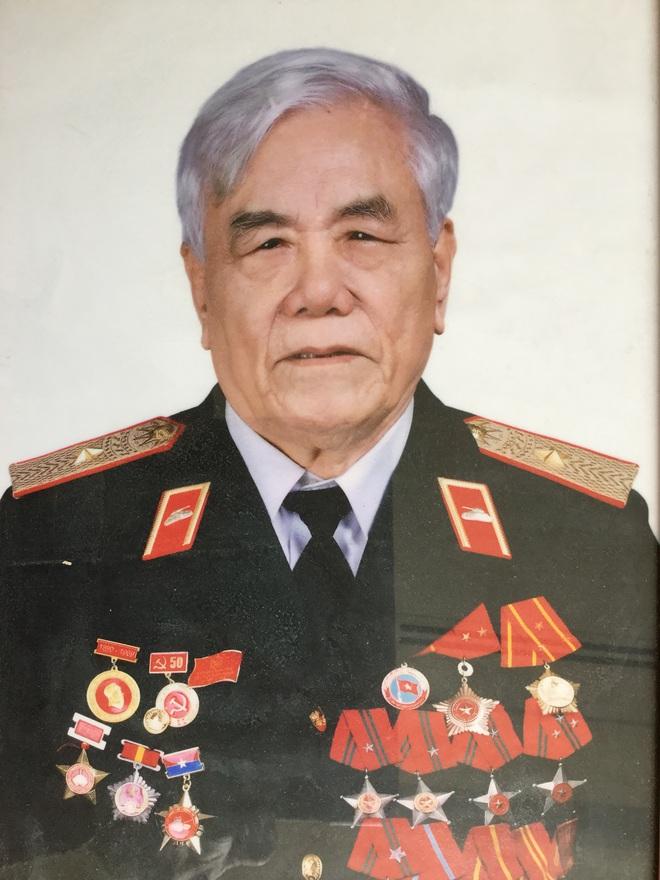 Vị tướng xe tăng kỷ niệm ngày thành lập QĐND Việt Nam: Rất khác thường! - Ảnh 1.