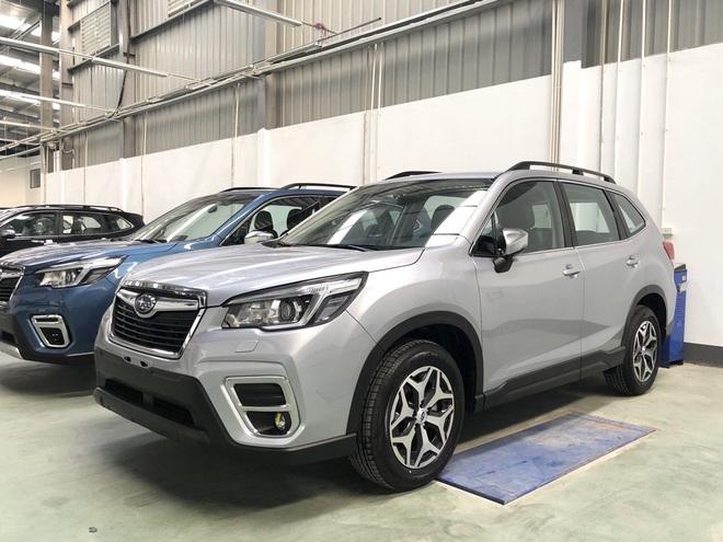 Cận cảnh mẫu ô tô giảm giá mạnh nhất tại Việt Nam năm 2019 - Ảnh 1.