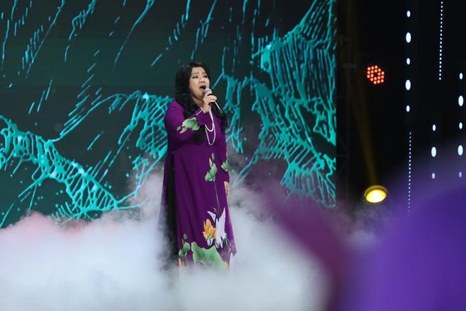 NSND Thanh Hoa tiết lộ sự thật đau lòng về Tàu anh qua núi khiến MC Lại Văn Sâm nổi da gà - Ảnh 1.