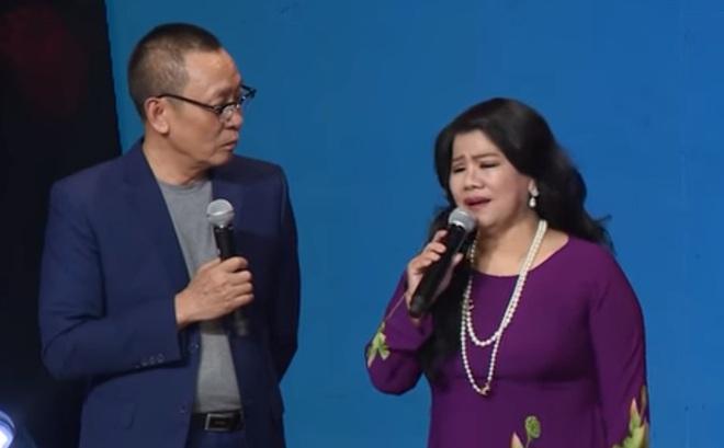 NSND Thanh Hoa tiết lộ sự thật đau lòng về Tàu anh qua núi khiến MC Lại Văn Sâm nổi da gà - Ảnh 4.
