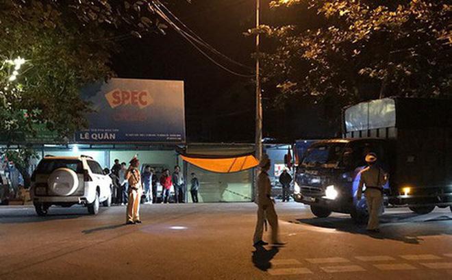 Quảng Ninh: Chồng bắn chết vợ, khống chế 4 con tin rồi tự sát