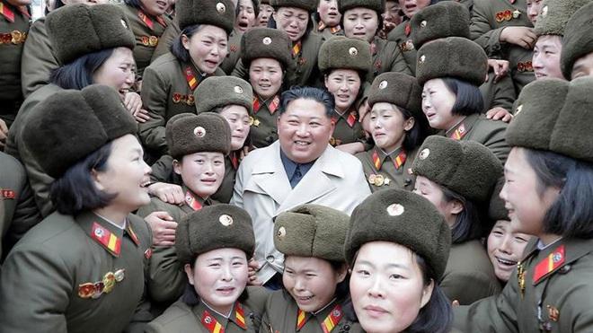 Giải mã chiến lược của Kim Jong Un qua loạt ảnh cuối 2019 - Ảnh 1.