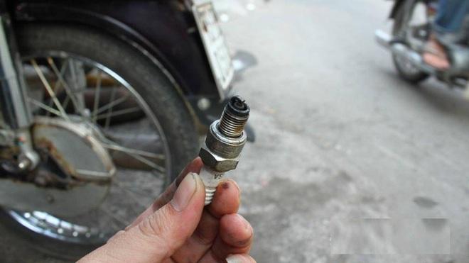 Chi tiết các mốc thời gian cần kiểm tra, bảo dưỡng xe máy - Ảnh 5.