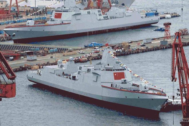Lộ diện số tàu chiến khủng Trung Quốc đóng mới trong năm 2019 - Ảnh 1.