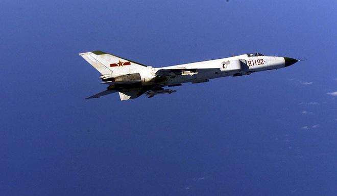 Bị dồn vào chân tường, phi công Mỹ hành động đầy bản lĩnh: Trung Quốc mất cả chì lẫn chài? - Ảnh 2.