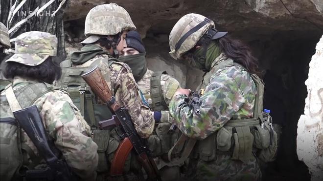 """7 tướng lĩnh """"xếp giáp quy hàng"""", phiến quân """"lau cổ chờ gươm"""": Quyết định sai lầm của Thổ khiến miền bắc Syria sụp đổ? - Ảnh 4."""