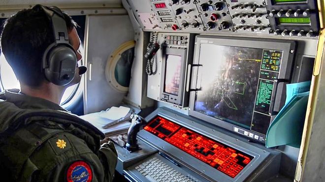 Bị dồn vào chân tường, phi công Mỹ hành động đầy bản lĩnh: Trung Quốc mất cả chì lẫn chài? - Ảnh 4.