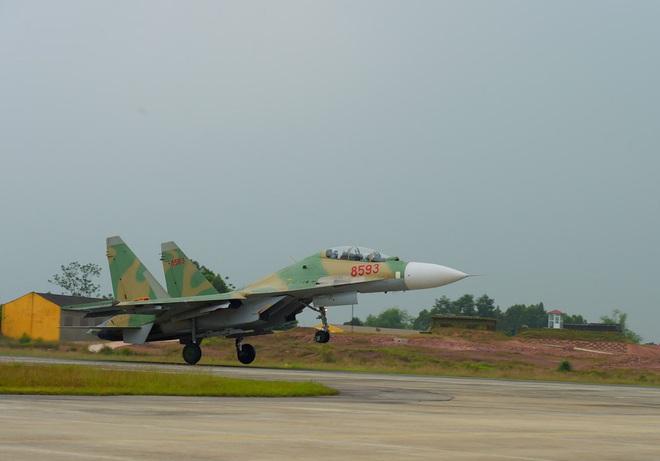 Tính năng đặc biệt của tiêm kích Su-30MK2 Việt Nam: Độc nhất vô nhị - Tinh hoa công nghệ - Ảnh 3.