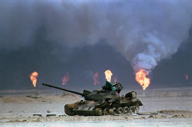 QĐ lớn thứ 4 thế giới mất 700 xe tăng trong 1 ngày: Bẫy nghi binh kinh điển của tướng Mỹ! - Ảnh 5.