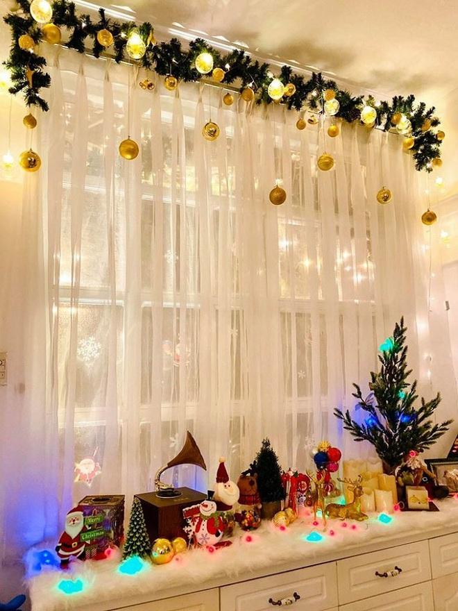 Biệt thự vợ chồng Thúy Hạnh trang hoàng lung linh đón Noel - Ảnh 7.