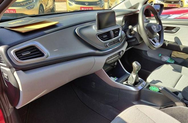 Cận cảnh mẫu hatchback cao cấp, giá chưa đến 200 triệu đồng - Ảnh 3.