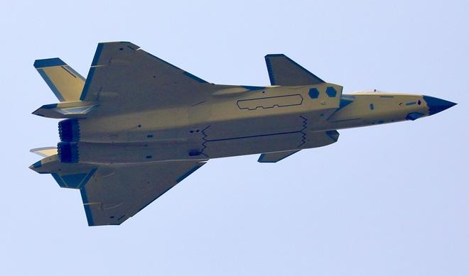 Lắp cho J-20 động cơ mạnh hơn cả hàng Mỹ, Trung Quốc có thoát khỏi bàn tay Nga? - Ảnh 1.