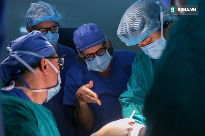 Hành trình 10 năm vá lỗi tạo hoá cho trẻ Việt của bác sĩ tiết niệu Nhi hàng đầu người Ý - Ảnh 1.