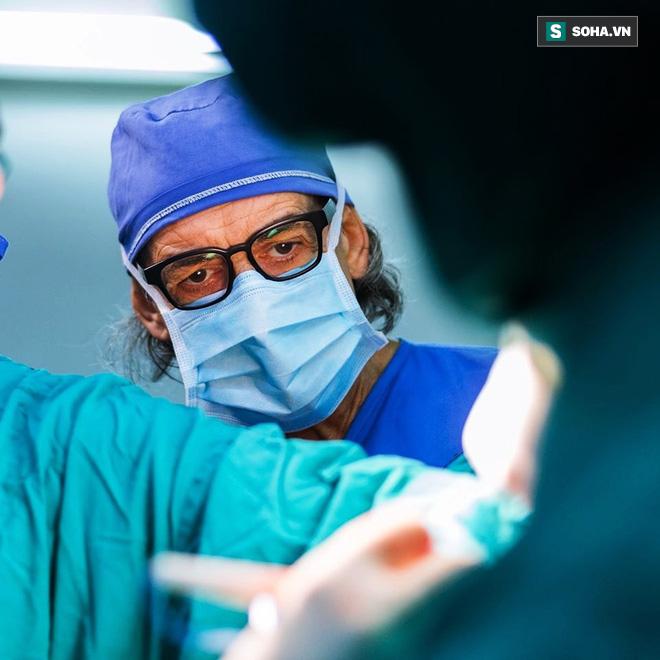 Hành trình 10 năm vá lỗi tạo hoá cho trẻ Việt của bác sĩ tiết niệu Nhi hàng đầu người Ý - Ảnh 5.