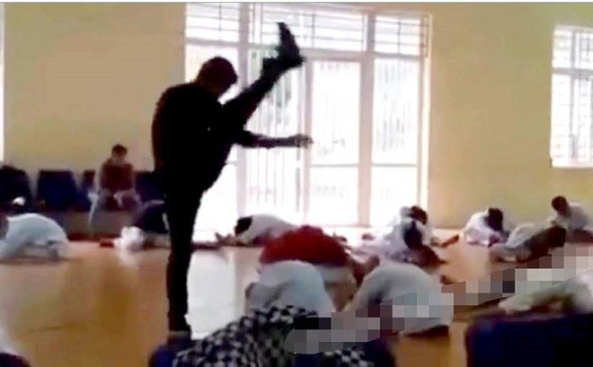 """Vụ thầy dạy võ đấm, đá, đạp liên tiếp các học trò: Phạt tội """"Xâm hại sức khỏe người khác"""""""