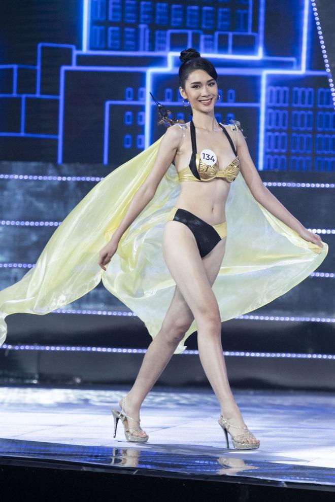 Cận cảnh phần trình diễn bikini nóng bỏng của Tân hoa hậu Hoàn vũ Việt Nam 2019 - Ảnh 7.