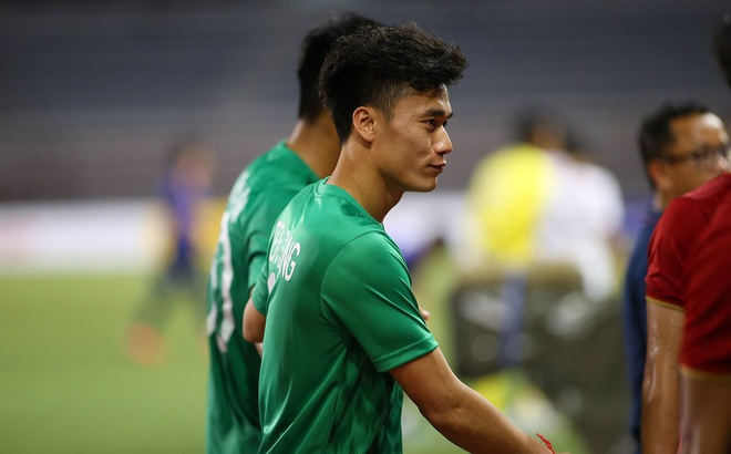 TRỰC TIẾP U23 Việt Nam vs U23 UAE: Đình Trọng dự bị, Bùi Tiến Dũng bắt chính thay Văn Toản
