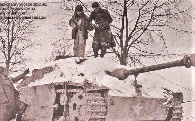 Lữ đoàn Đức cải trang làm quân Mỹ và kết cục bi thảm