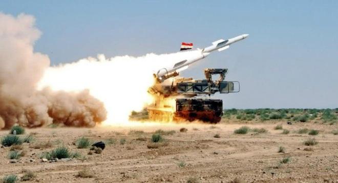 Hình ảnh sát thủ phòng không tầm trung Buk-M2E của Syria bị tấn công phá hủy - Ảnh 8.